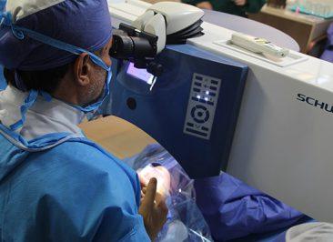 جراحی اصلاحی چشم لیزیک