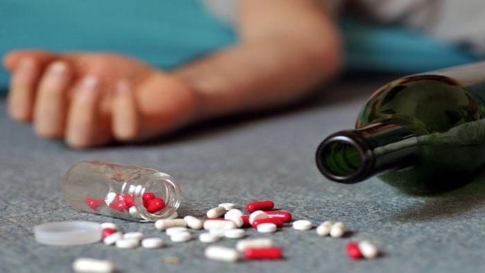 مصرف دارو و مواد مخدر