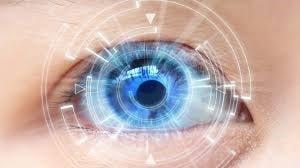 انحرافات دید شدید و جراحی ترمیمی چشم برای افراد مسن