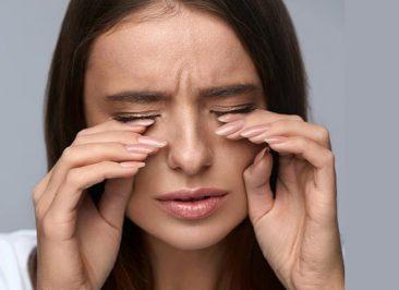 علت سوزش چشم و راههای درمان آن